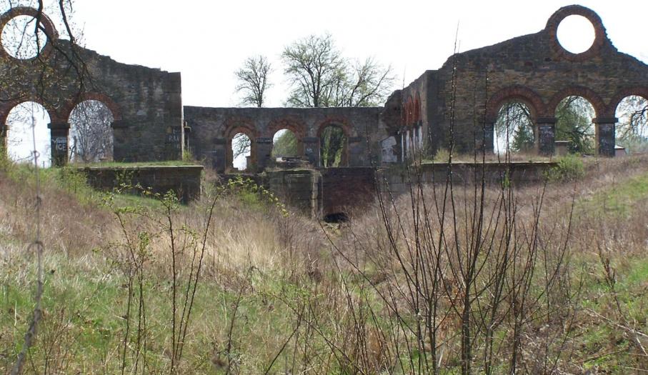 Ruinyn starej walcowni